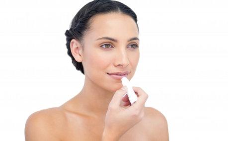 Lijepe i mekane usne: Top balzami za njegu usana