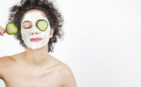8 maski za lice koje će vas pomladiti